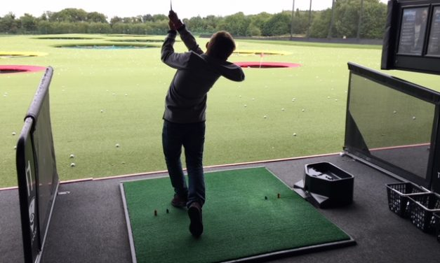 EAT, PLAY & DRINK FOR LESS AT TOP GOLF THIS HALF TERM