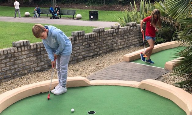 REVIEW: EXTREME MOTION Adventure golf in Windsor