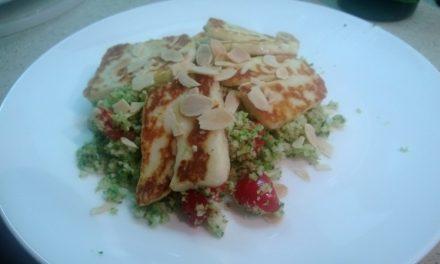 Halloumi with broccoli tabbouleh & honey harissa dressing