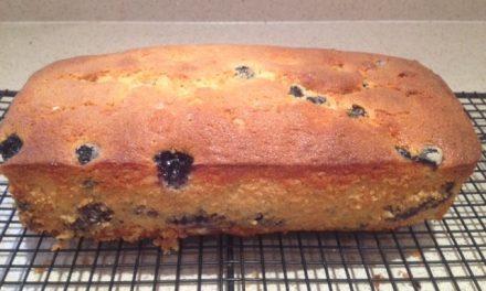 Lemon curd and blueberry loaf cake