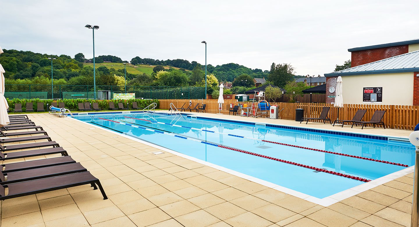 DL Beaconsfield Outdoor Pool
