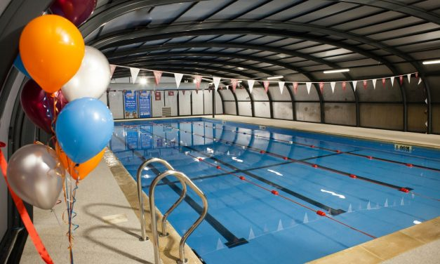 OLYMPIC GOLD MEDAL WINNER ADRIAN MOORHOUSE OPENS NEW POOL IN GX