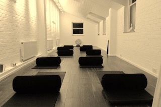 KIDS YOGA COURSE @ YIN & YOGA
